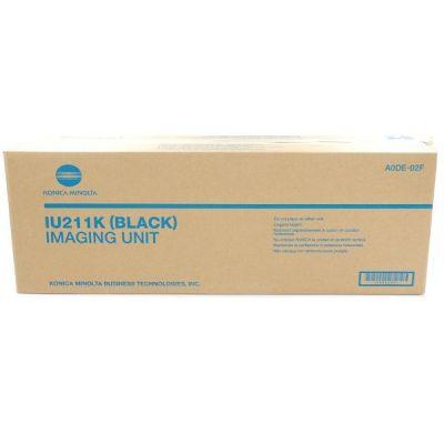 IU 211 Black